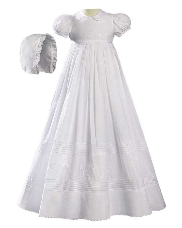 Girls 32? White Cotton Short Sleeve Christening Baptism Gown with Floral Shamrock Embroidery